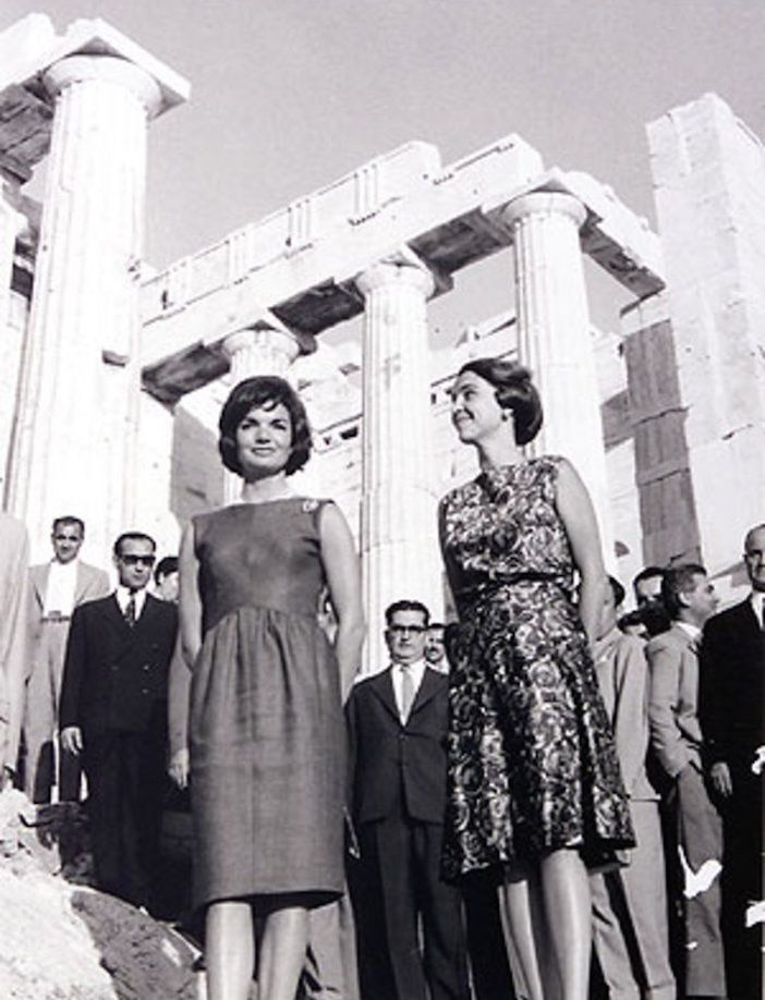First Lady Jacqueline Kennedy and first Lady Amalia Karamanlis, where she famously expressed her desire to see the Parthenon Marbles returned to Greece