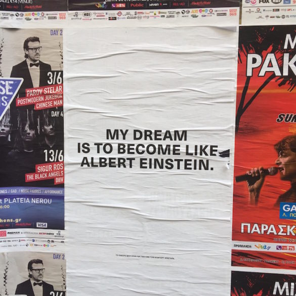 Photos of the Day: Refugees' Hopes and Wishes on the Streets of Athens