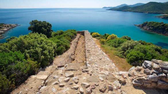 Archaeologists Believe They've Discovered Aristotle's 2,400-year-old Tomb in Macedonia