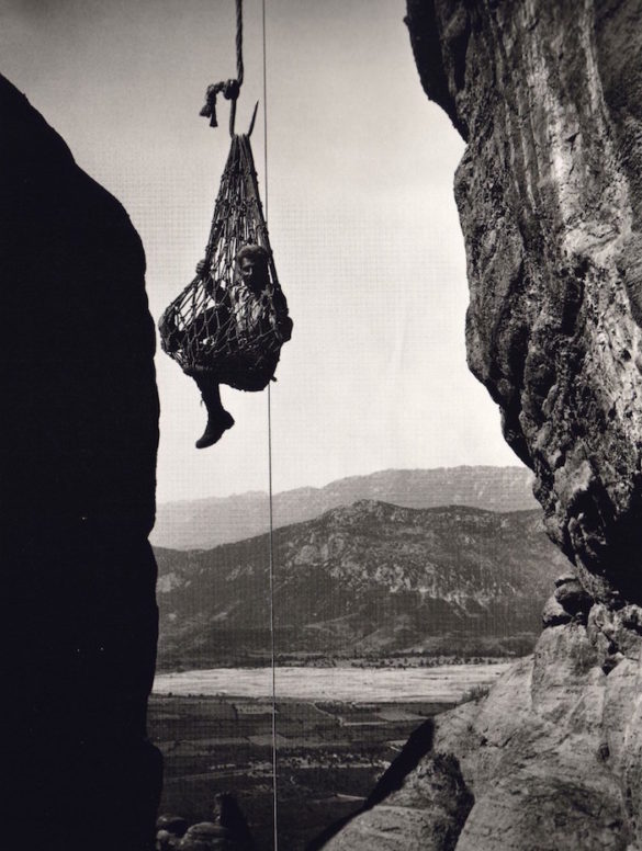 26 Stunning Vintage Photos of Greece (And a Few Funny Greek Inspired Advertisements)