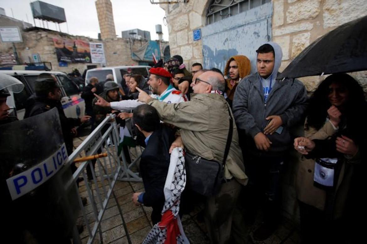 new bethlehem muslim Bethlehem's christian population faces regular islamic intimidation at israel's founding, bethlehem was 80% christian but after the city was handed over to the palestinians as part of the 1993 oslo accords, the city's christian population plummeted to 23% this number includes the satellite towns of beit sahour and beit jala.