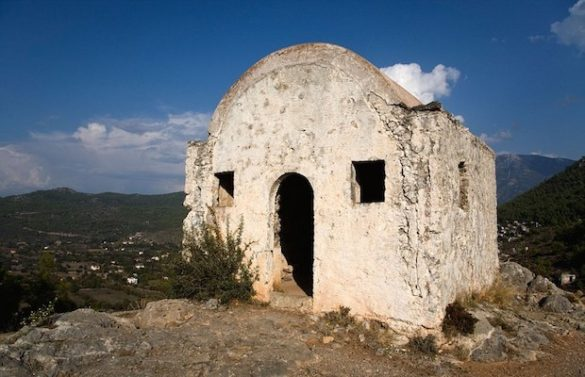 20 Amazing Photos of a Greek Village in Turkey Whose Residents Fled Almost a Century Ago