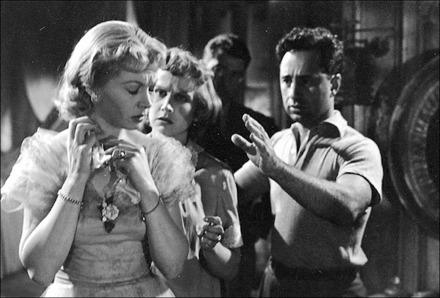 """Vivien Leigh (left), Kim Hunter and Elia Kazan on the set of """"A Streetcar Named Desire"""" in 1951"""